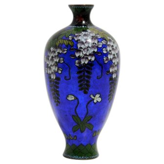 Japanese Cloisonné Vase with Gin Bari and a Wisteria Pattern