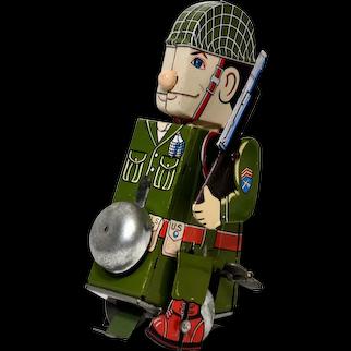 Yone (Yoneya) Soldier on Parade Windup