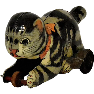 Chein No. 118 Mechanical Creeping Cat Tin Windup