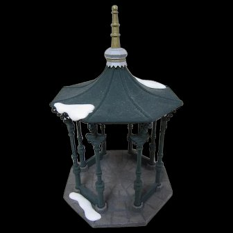 Town Square Gazebo - Department 56 Heritage Village Collection