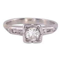 VVS1 Diamond Engagement Ring - Size 5.75