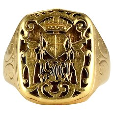 Mens Family Crest Signet Ring