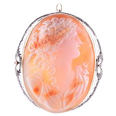 Wire Frame Shell Cameo Pin or Pendant