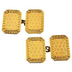 18 Karat Gold Engraved Rectangular Cuff Links