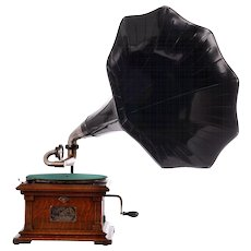 Victor Early Model II Talking Machine With Morning Glory Horn