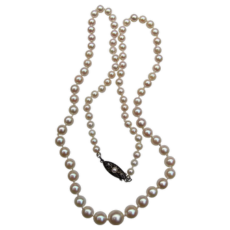 "Vintage Cultured Pearl Necklace Graduated 18""  Mitsukoshi"
