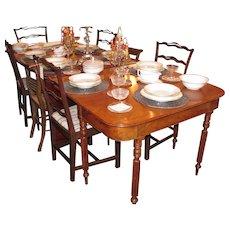 Antique American Federal Mahogany Dining Table New York Circa 1815