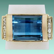 Beautiful Blue Topaz and Diamond Ring in 18K Gold