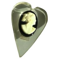 WW II Lucite Sweetheart Brooch Pin with Cameo