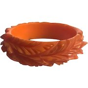 Bakelite  Bangle Bracelet Super Heavily Carved