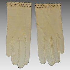 Vintage Kid Leather Ecru Ladies Gloves With Black Trim Edging