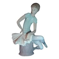 Lladro Figurine JULIA  #1361 Ballerina