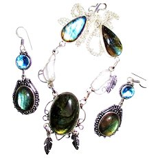 Labradorite/ Biwa Pearl/Feather/Necklace/Earring Set