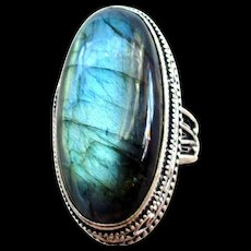 Beautifully Framed Labradorite Ring-9