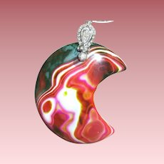 """Colorful Moon Shaped Agate/30"""" Chain"""