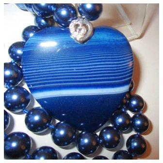 Heart Shaped Blue/White Striped Agate