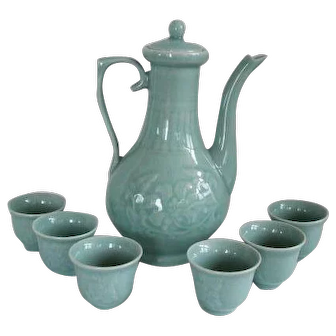 Vintage Chinese Celadon Ceramic Tea Pot & Cups