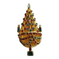 Warner Vintage Christmas Tree Pin