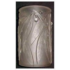 Rene Lalique art  Deco vase, Laurier ca. 1925 signed