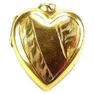 Edwardian 9ct Gold Bk & Ft HEART Shaped LOCKET Opens