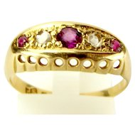 Hallmarked 1918 Antique 18ct Gold, RUBY & DIAMOND Ring