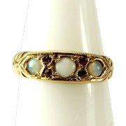 Vintage 9ct Gold, OPAL & Garnet RING 1969