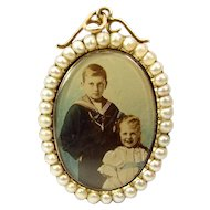 Victorian 15ct Gold Picture LOCKET With PEARL Surround
