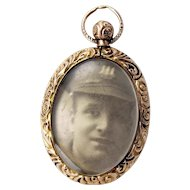 EDWARDIAN 9ct Gold Dbl Sided Repoussé Photo LOCKET Pendant
