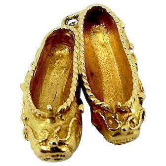 Vintage 9ct Gold Etruscan SLIPPERS Charm Hmk 1956