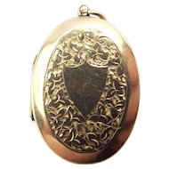 Antique VICTORIAN 9ct Rose Gold B & F LOCKET Chased Leaf Design
