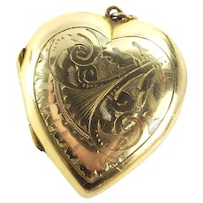 EDWARDIAN 9ct Gold Back & Front HEART Shaped LOCKET Hand Chased Decoration