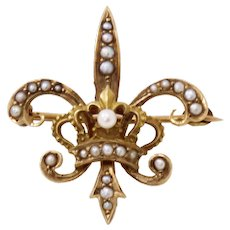 Antique Pearl Fleur de Lis 10k Yellow Gold Watch Pin