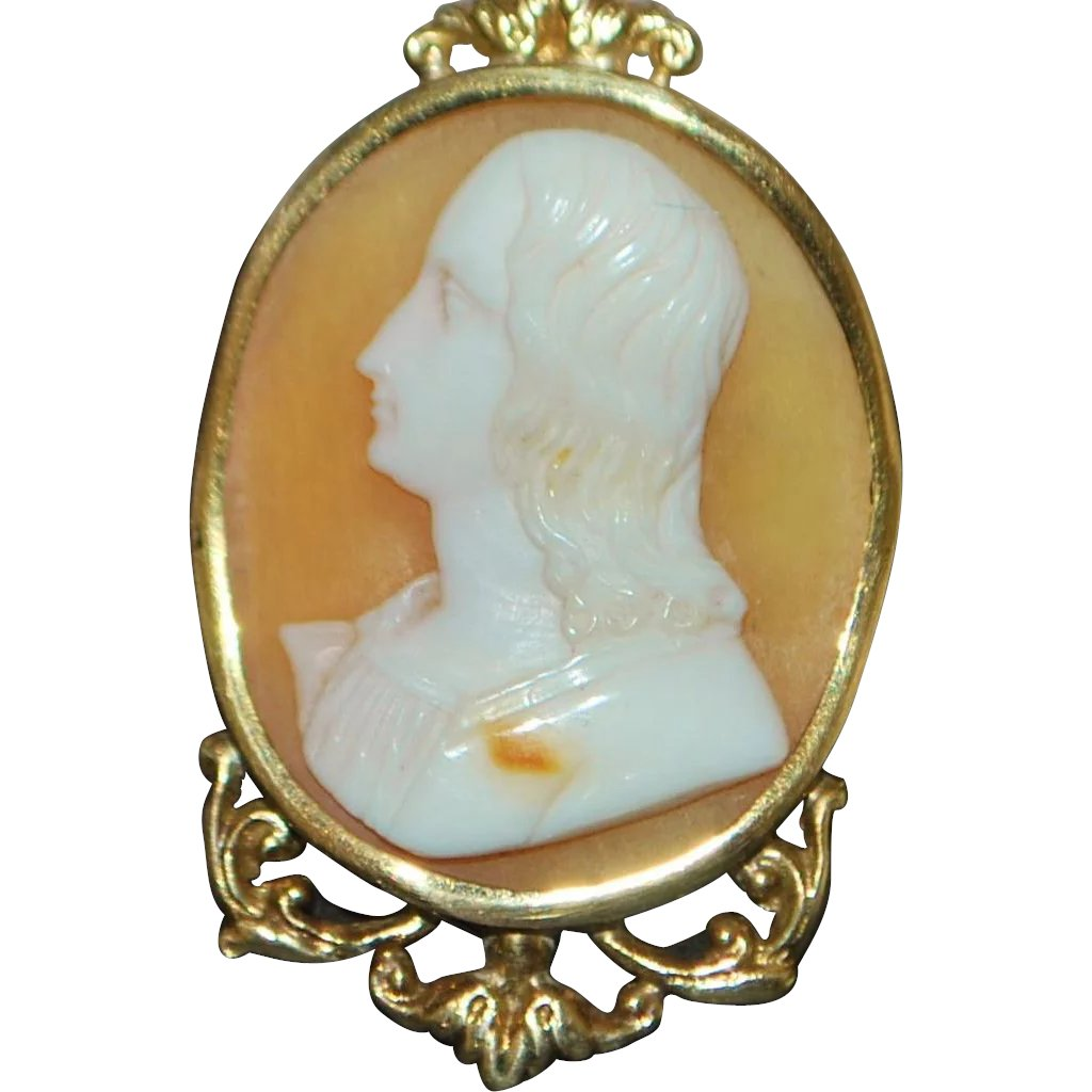 14k italian cameo pendant with gold chain antique world usa ruby 14k italian cameo pendant with gold chain antique world usa ruby lane aloadofball Image collections