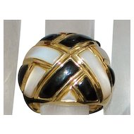 14K Large Mother-of-Pearl and Onyx Dome Ring - 1980's