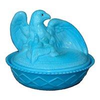 Vintage WESTMORELAND Blue Slag Glass Eagle & Eaglettes Lidded Box, MINT
