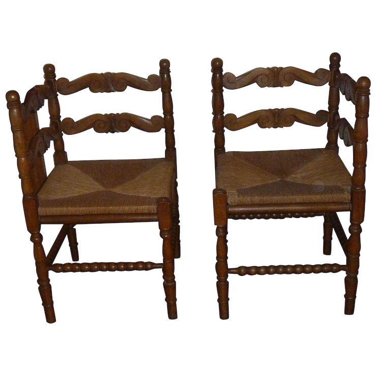 Lovely & Rare Pair of Antique Carved Walnut Corner Chairs - Lovely & Rare Pair Of Antique Carved Walnut Corner Chairs