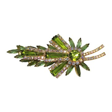 Vintage Juliana Olivine Green AB Rhinestone Keystone Leaf Shaped Brooch Book Piece