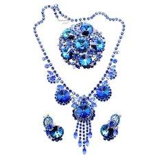 Vintage Juliana (D and E) Bermuda Blue Rivoli Rhinestone Necklace, Brooch and Earrings Parure