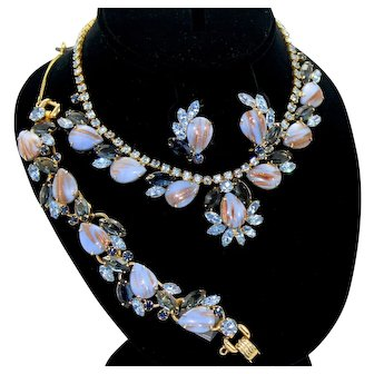 Vintage Juliana Blue Fluss (adventurine) Rhinestone Necklace Bracelet Earrings Parure Book Piece