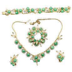 Vintage Juliana (D and E) Book Piece Jade Glass and Clear Rhinestone Necklace, Bracelet Brooch and Earrings Grand Parure