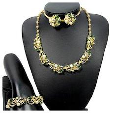 Vintage LISNER Green Rhinestone Faux Pearl Necklace Bracelet Earring Parure
