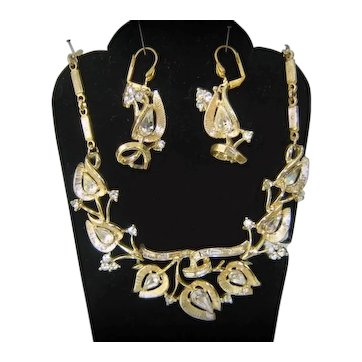 Vintage Coro Valencia Clear Rhinestone Gold Toned Leaf Necklace Earrings Demi Parure Book Piece