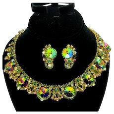Vintage Juliana Olivine Green Rhinestone Watermelon Rivoli Collar Necklace Earrings Demi Parure