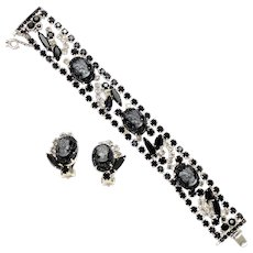 Vintage Juliana Black and Gray Molded Cameo Rhinestone Bracelet Earrings Demi Parure