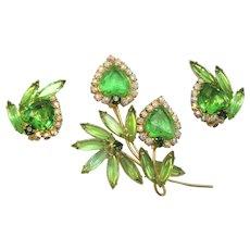 Vintage Juliana Book Piece Peridot Green Rhinestone Heart Shaped Flower Brooch Earrings Demi Parure