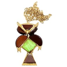 Vintage Juliana Lime Heat Formed Plastic Wood Figural Owl Pendant Necklace