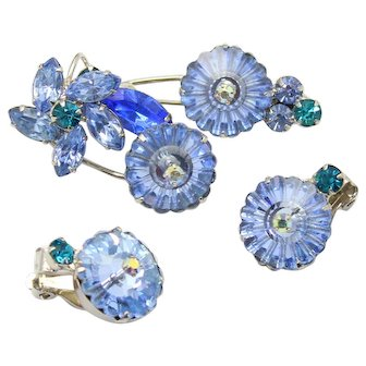 Vintage Juliana Blue Margarita Teal Rhinestone Flower Brooch Earrings Demi Parure
