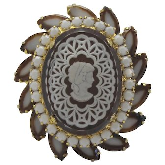 Vintage Juliana Two Toned Brown and White Lace Intaglio Cameo Brooch Book Piece