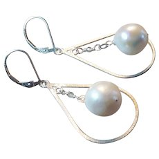 Freshwater Cultured Pearl Earrings with Sterling Silver