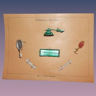 Wonderful toilette on presentation card perfume comb brush mirror